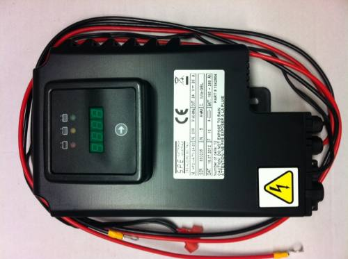 Tennant T5 Scrubber Battery Charger